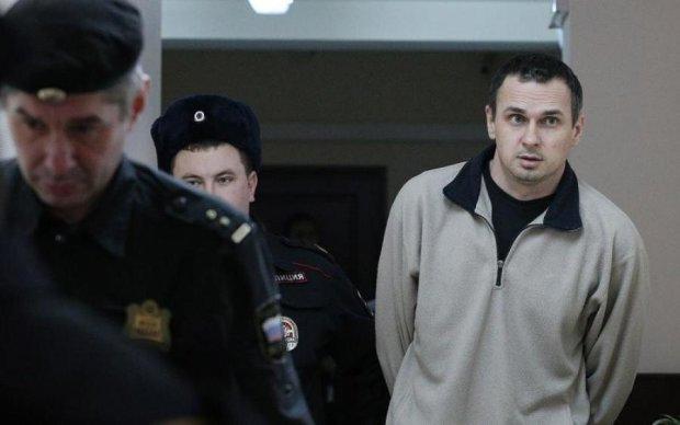 Повипадали зуби: Собчак розповіла про жахливий стан Сенцова