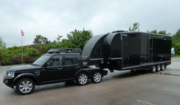 Шестиколісний Land Rover переобладнали в будинок на колесах (ФОТО)