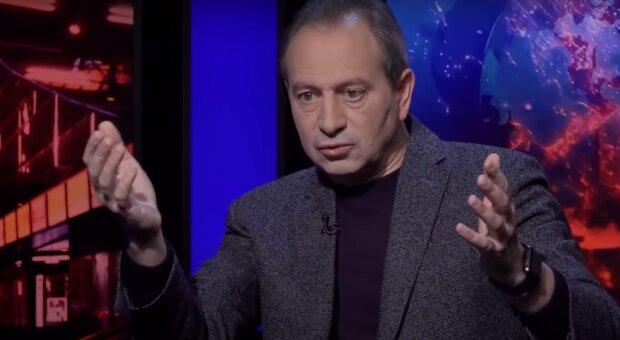 """Николай Томенко """"достал скелеты из шкафа"""" судей КСУ: """"Очень падкие на взятки"""""""