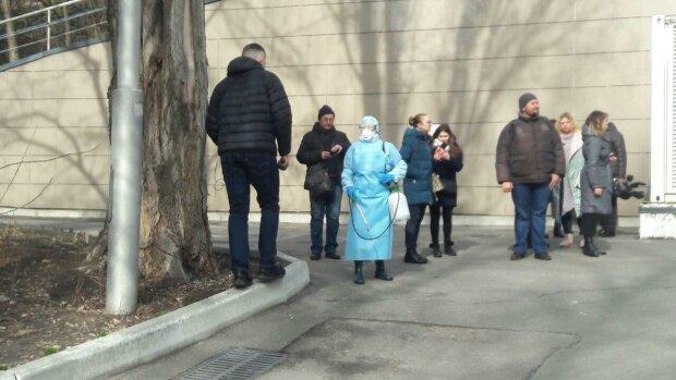 Александровская больница - фото Знай.uа