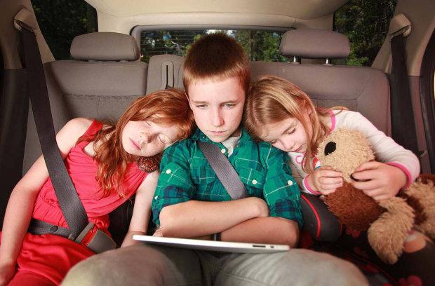 Во Львове пьяная мамаша с детьми в машине устроила жуткое ДТП: подробности