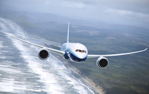Над Черным морем летать опасно: оккупанты будут принуждать самолеты к посадке