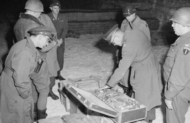 Біля Антарктиди знайшли затонулу субмарину Гітлера: які таємниці хотів забрати в могилу фюррер