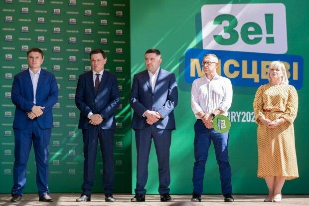 """Соратник Зеленського з Ужгорода зганьбився перед виборами: """"Таких потрібно вирізати"""""""