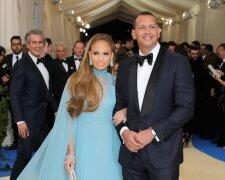 Дженнифер Лопес с женихом Алексом Родригесом