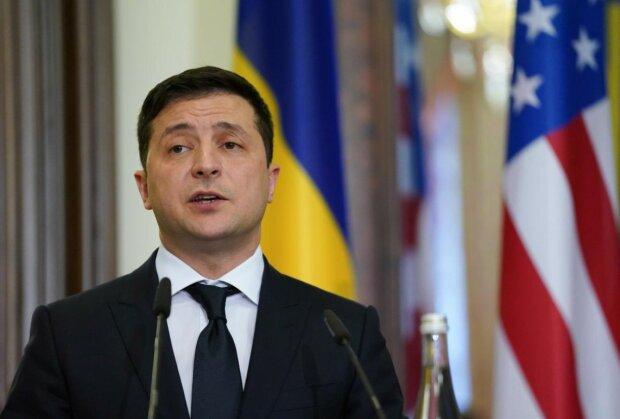 Зеленський лютує через тарифи на газ, поліція проти VPN, українці без ТБ та інші головні новини за ніч