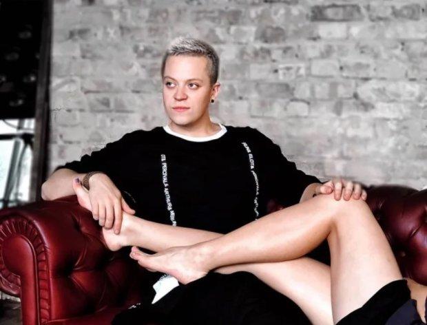 """Белокурый победитель """"МастерШеф"""" закрутил роман с участницей """"Холостяка"""""""