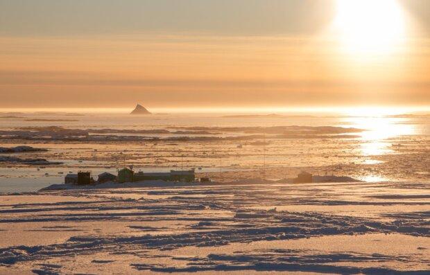 Антарктида, фото: facebook.com/AntarcticCenter
