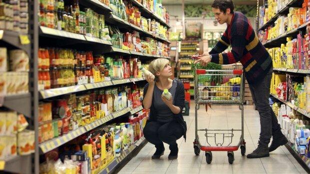 Майже половина зарплатні: скільки українці витрачають на їжу