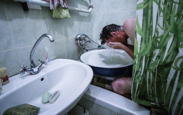 У Львові масово відключають воду: знайди свою адресу