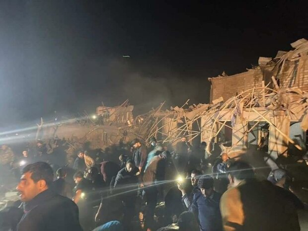 Війна за Нагірний Карабах: ракетий удар по мирному місту повністю зруйнував будинки, загинуло багато людей