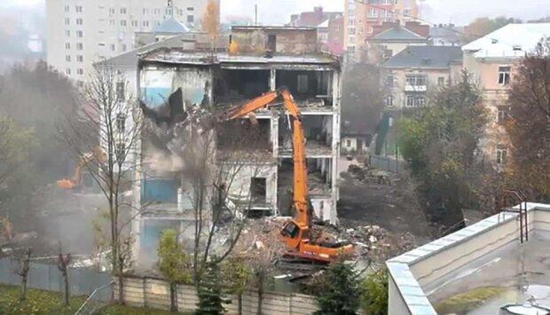 З центру Тернополя зникне будинок-привид - у Надала грандіозні плани