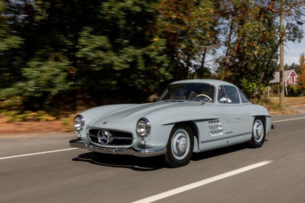 1957 Mercedes-Benz 300 SL, carscoops