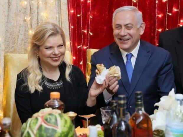 Нетаньяху  з дружиною