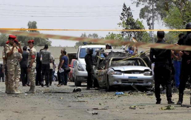Камери зняли надпотужний вибух в Єгипті: загинули діти