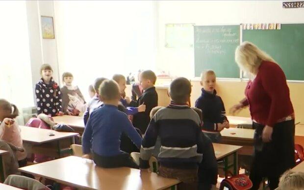 Карантин в школах, фото: кадр з відео