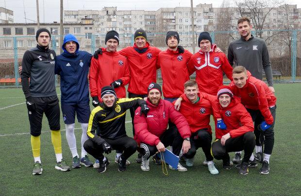 Футболісти клубу Гірник-Спорт