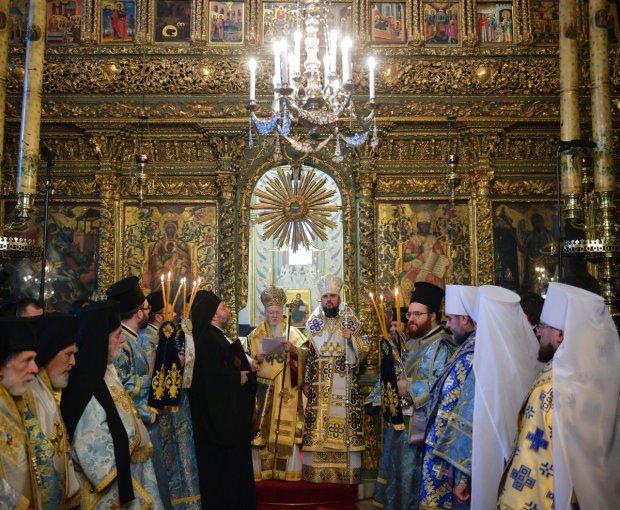 Україна може залишитися без Томосу: не визнала жодна Помісна Церква