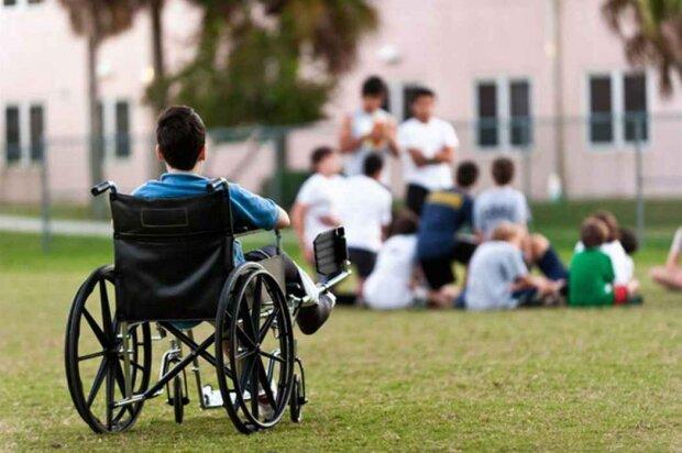 Нечеловеческая жестокость: в Бердичеве двое преступников поиздевалось над ребенком с инвалидностью