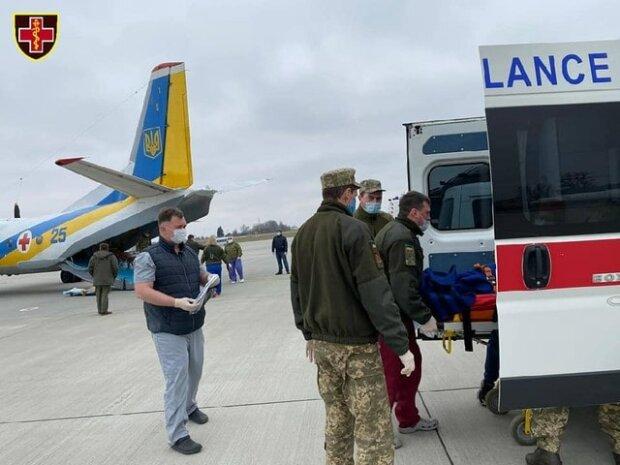 Заради поранених героїв підняли в небо авіацію: у Львові вилікують