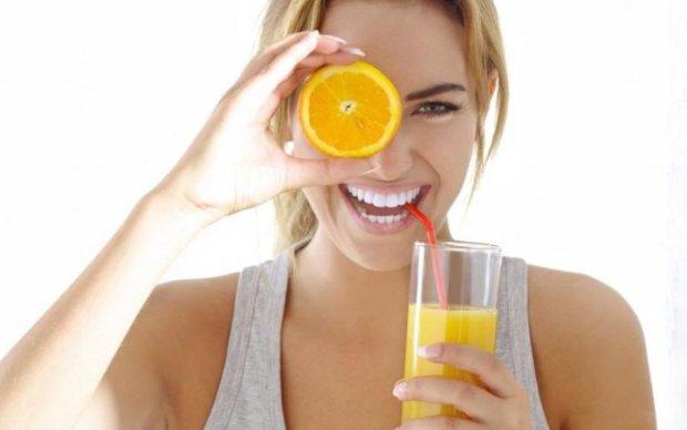 Сніданок у склянці: смузі з апельсином зробить ваш день