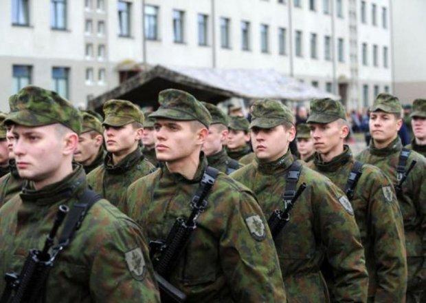 В Литве вернут на пять лет призыв в армию