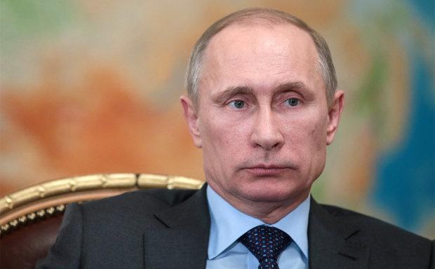 Путин виноват: Украинская церковь стала независимой, а пылает - в России
