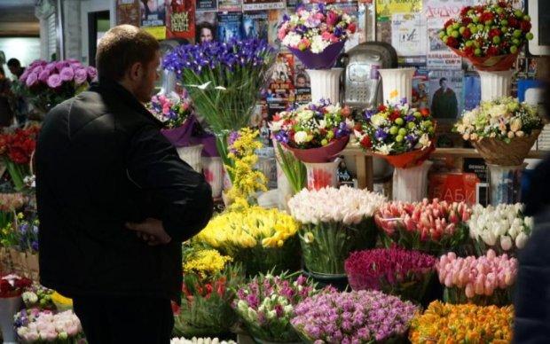 Декомунізація, але свята за розкладом: як відпочиватимуть українці в березні
