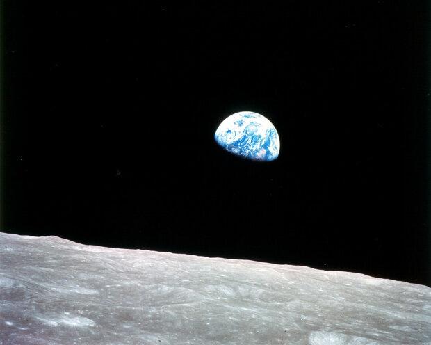 NASA відреагувала на пандемію, політ людини на Місяць поставили під питання