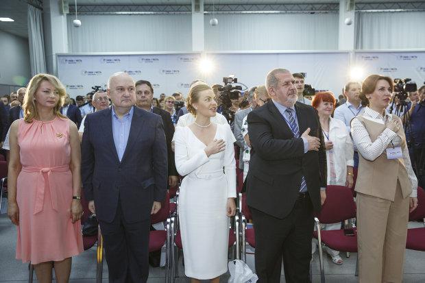 Люди Ахметова, Порошенка та Януковича: хто насправді йде до Ради від партії Смешка