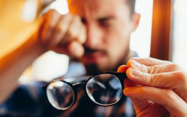 Гімнастика для очей: як не втратити зір в офісі