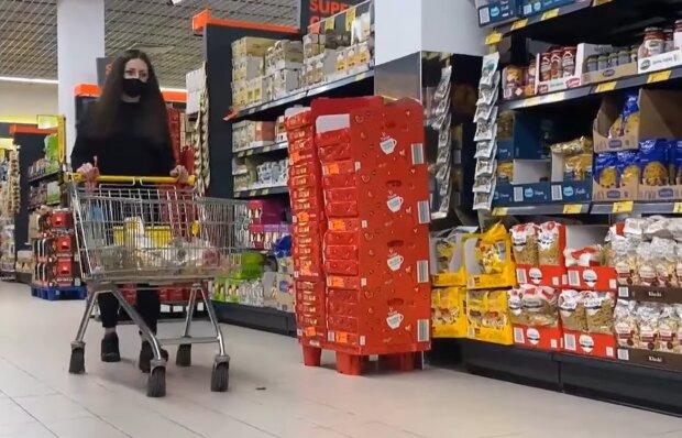 Подсолнечное масло на 70%, мясо на 13%: новые цены в магазинах отобьют у украинцев аппетит