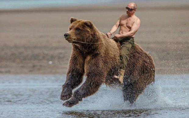 Кунсткамера Путина: как выглядел президент России в молодости, смешно до слез
