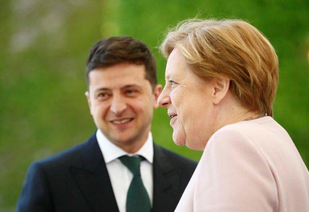 Зеленський терміново зателефонував канцлеру Німеччини Ангелі Меркель: що відомо про розмову