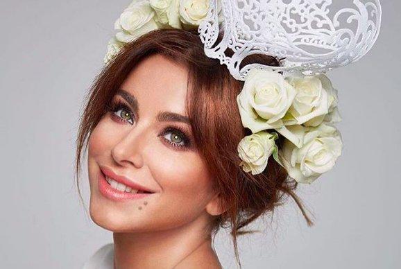 Лорак у весільній сукні підігріла чутки про новий роман: невже знову заміж