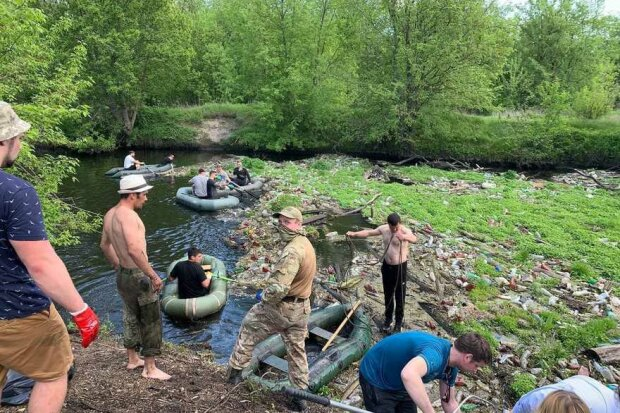 Харків'яни очистили річку від сміття: kharkov.comments.ua