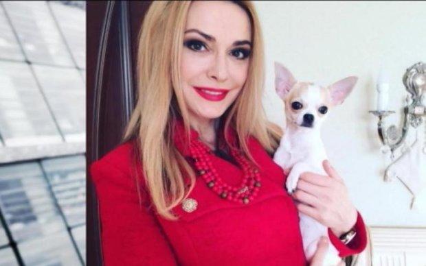 """У кіно вже не кличуть? Ольга Сумська прийшла на """"Битву екстрасенсів"""""""