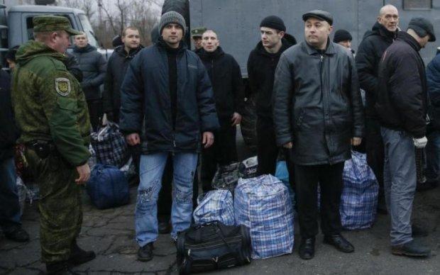 Соцмережі обурені, що українські ЗМІ не повідомили про роль Медведчука в обміні полоненими