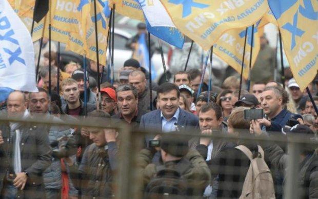 Открытое письмо Порошенко: Саакашвили все объяснил