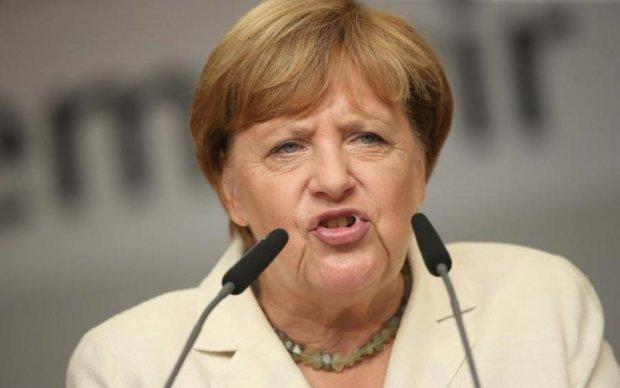 Меркель висловилася про злочини Путіна