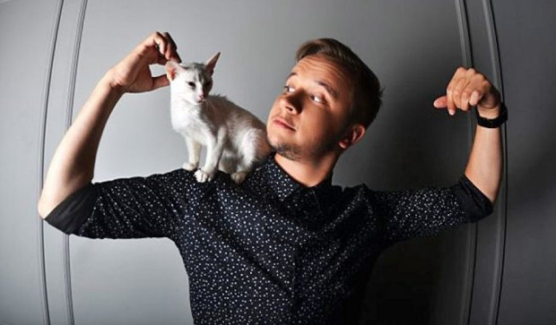 Украинские звезды призвали брать котиков из приютов (фото)