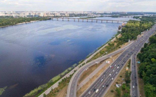 Погода на 15 квітня: антициклон принесе тепло до України, але пощастить не всім