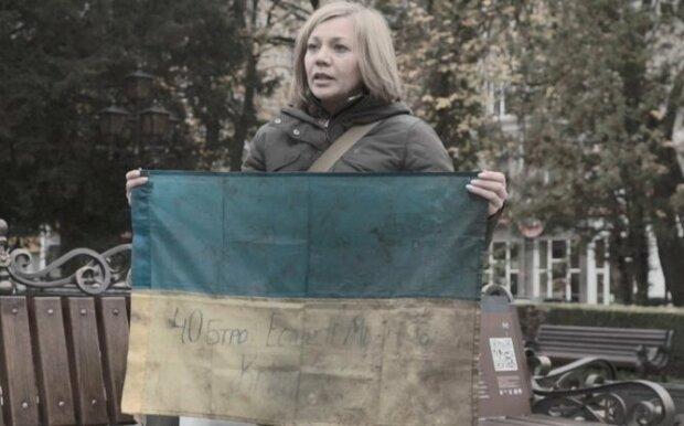 """Тернополянка собрала коллекцию """"святынь"""", которые охраняют наших героев на Донбассе: """"Греют душу"""""""