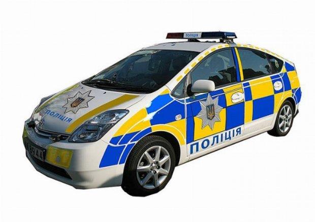 Міліція міняє колір: новий дизайн для патрульних  машин
