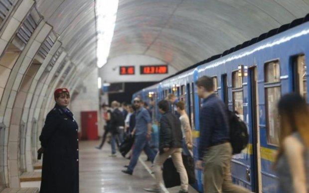 Google Pay снял рекламу в киевском метро
