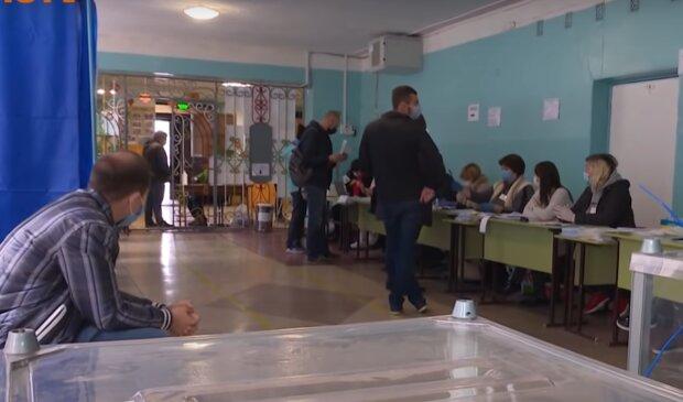 На Харківщині слуг народу засікли на ганебній схемі схемі Януковича - вибори під загрозою зриву