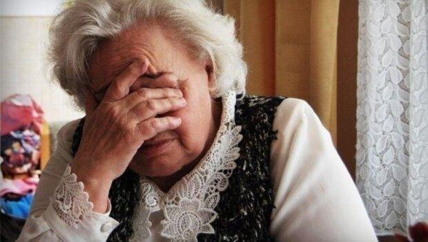 Вкрали вставну щелепу: волинська пенсіонерка змусила копів ридати від сміху
