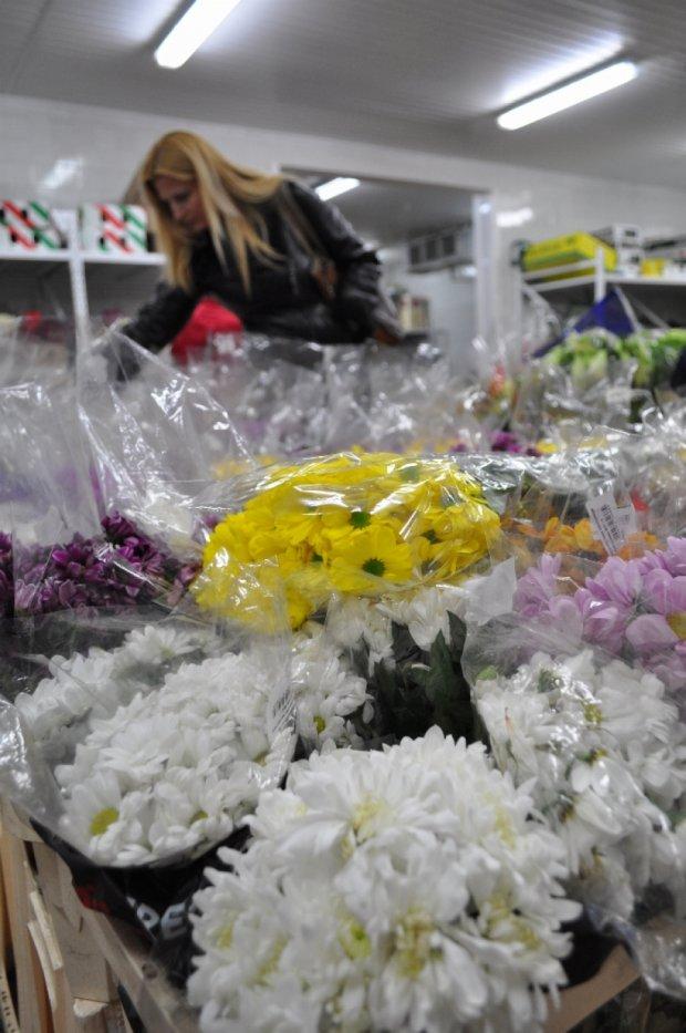 На продаже цветов зарабатывают 1500 гривен за два дня