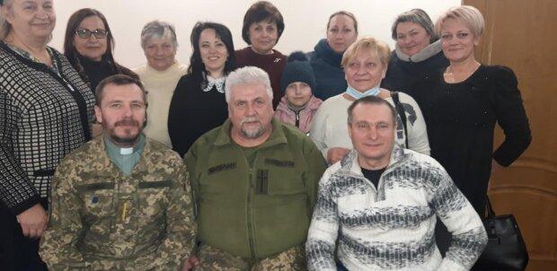 Встреча с семьями погибших воинов, facebook.com/petruskevihc