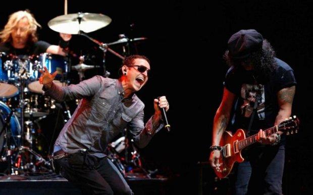 Самоубийство фронтмена Linkin Park: фанатов ошарашили очередной новостью